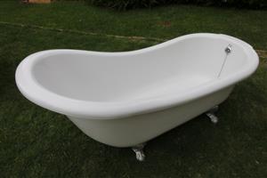 White Slipper bath
