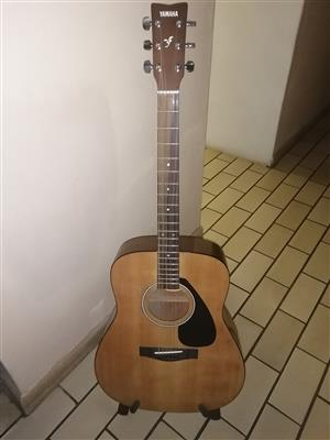Yamaha F310 accoustic guitar for sale