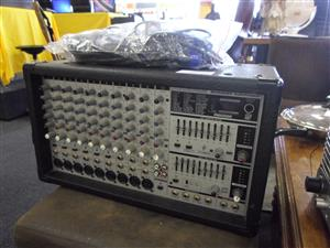 Behringer PMX2000 Europower Amplifier