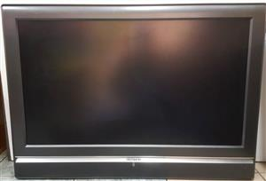 TV Sinotec MP-42HU35 107cm FULL HD LCD TV  Comes with Remote Control   In Prestine working condition