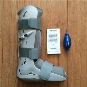 Moon boot Aircast Pump up type