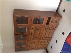 VERSATILE 3 PIECE COMMODIOUS WALL UNIT AT GIVEAWAY PRICE!