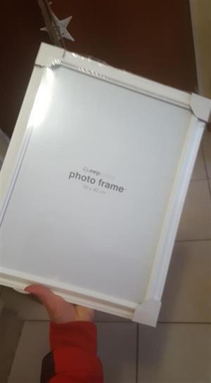 White mrp photo frame