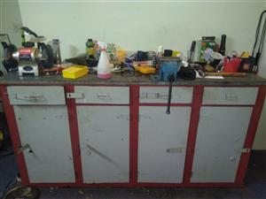 Work bench.Old Iscor bench.includes vice and bench grinder