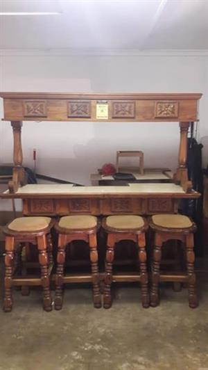 Solid wood Bar with 4 chairs