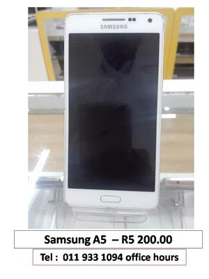 SAMSUNG A5  LOOKING FOR R2000