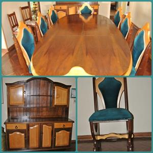 Solid Yellowwood and Imbuia dining room suite. Geelhout en Imbuia Eetkamerstel