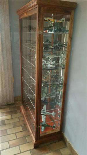 "Show /Display"" Cabinets for Collectibles, Characters & Ornaments, Unrestricted view. Dust Proof !"