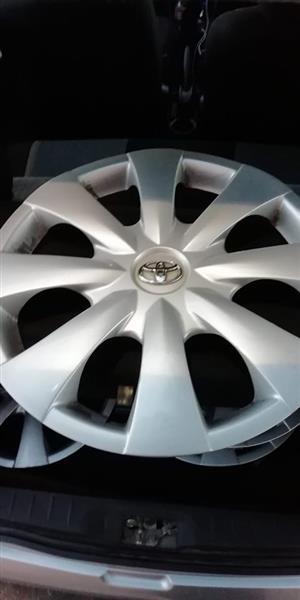 Toyota corolla professional, etios wheelcaps for sale