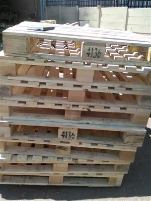 wooden pallets for sale @ R45 each, please call or whatsapp George 0629413358