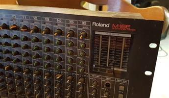 Rolsnd rackmount mixer 16chnl