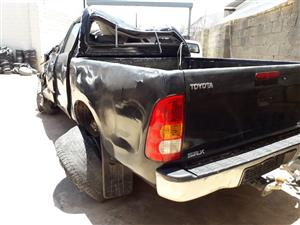 Toyota Hilux 2.5 D-4D - 2011 - Stripping for spares [Ref. NN0330]