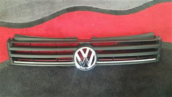 Polo vivo 2016 orignal vw front top grill with vw badge