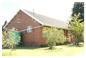 Large cottage to rent Honeydew