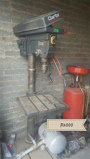 Clarke metalworker machine