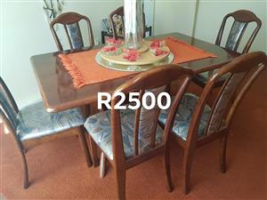 Wooden 6 seater dining set