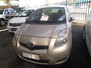 2010 Toyota Yaris 1.0