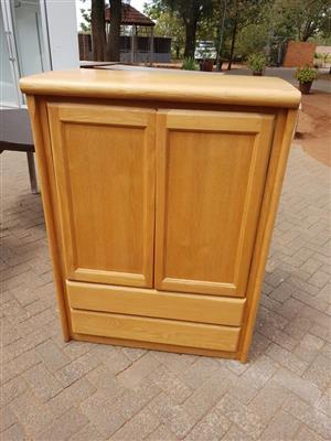 Light wooden 2 door cabinet