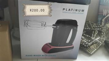 Platinum hand mixer with stand
