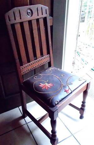 Beautiful vintage chair for sale