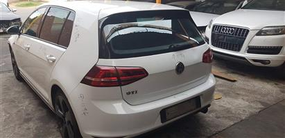 GOLF 7 GTI 2.0 TSI 2015 REAR STRIPPING FOR SPARES