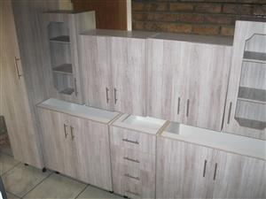 8 cupboard kitchen set