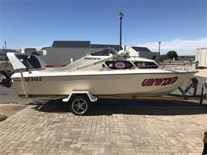 Interceptor 186 Cabin boat for sale