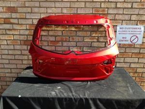 Mazda 3 Tailgate