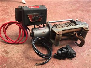 Warn Winch M8000 (3600 kg)