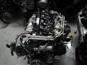 TOYOTA HILUX 2.4 GDS ENGINE 2DD    R49950