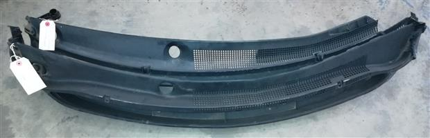 Hyundai I20 Grand '11 Wiper Cowling for SALE!!