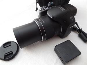 Sony Cyber-shot 63x Zoom 20MP DSC-H400 Digital Camera