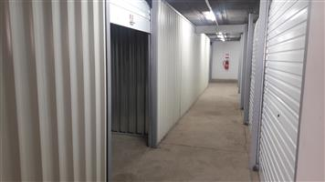 Storage to let and bakkie for hire