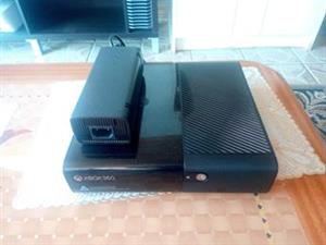 Xbox 360-E Stingray Slim Console