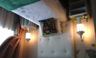 Sunny cozy furnished room to let in Bellville