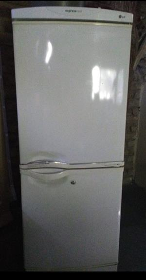 LG Express Cool Fridge/Freezer