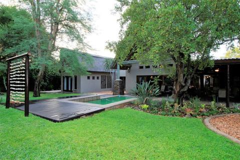 House For Sale in HOEDSPRUIT WILDLIFE ESTATE