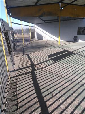 Motor Dealer Stand to let in Witbank