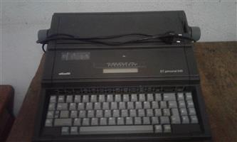 Olivetti ET Personal 510 Electronic Typewriter - in excellent working order
