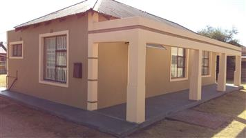 3 Bedrooms house to rent in Brakpan Central