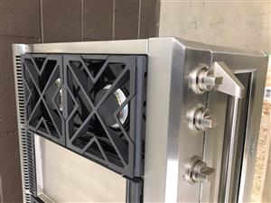 45 Inches Viking Range Stove, 6 burners and Grill