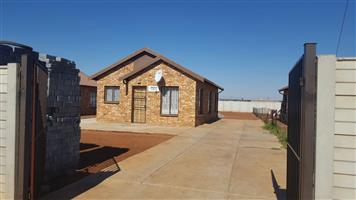 HOUSES FOR SALE IN SOWETO
