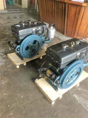horizontal type water cooled engines specials