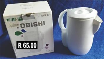 Obishi white kettle for sale