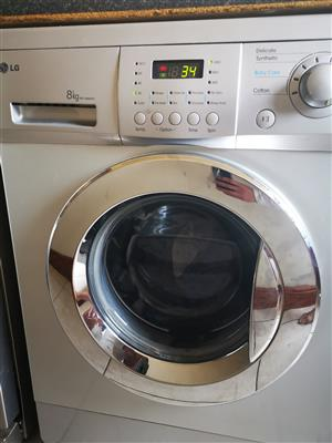 LG 8kg fully automatic washing machine is 5 years old and yearly serviced by LG.