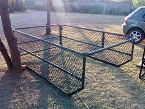 Mesh sides Cattle rail to fit any bakkie