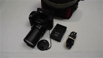 Lumix DNC-FZ70 60x Zoom 20-1200mm