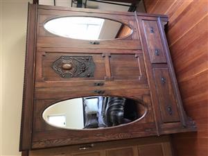 Dutch oak linen cabinet