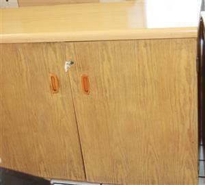 S034772C 2 Door white cupboard #Rosettenvillepawnshop