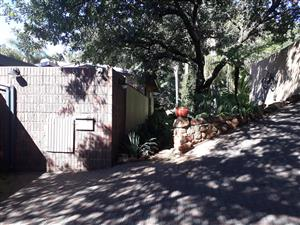 4 Bedroom House with flat for Sale in Meyerspark